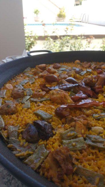 Paella valenciana perfecta